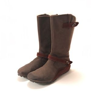Merrell Chestnut Brown Leather Boots